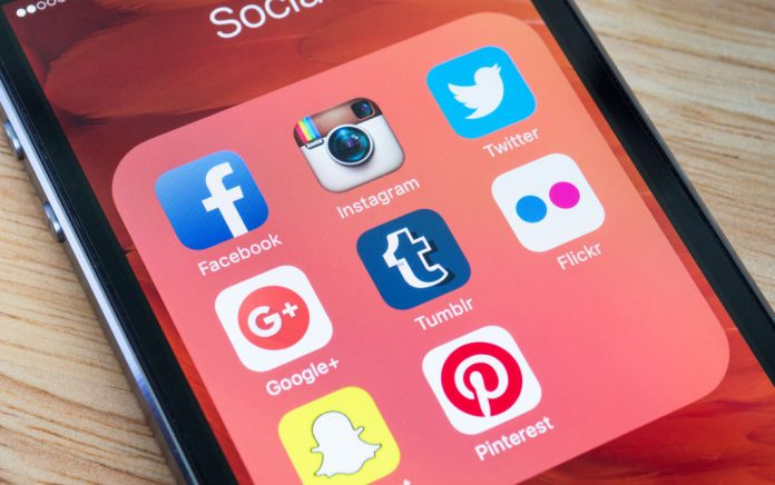 Creating a Positive Social Media Atmosphere
